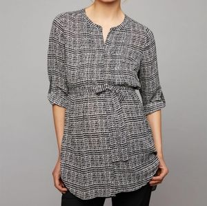 Tie front maternity tunic black white scratch